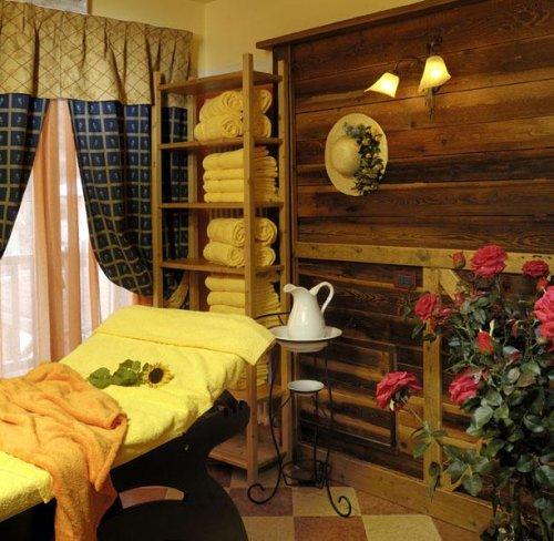 Hotel salvadori mezzana trento prenota subito for Subito it trento arredamento