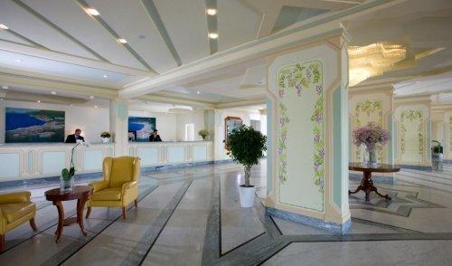 Grand Hotel Italia Sala Foyer : Grand hotel vesuvio sorrento napoli prenota subito